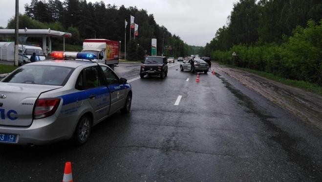 В Йошкар-Оле в ДТП пострадали 4-летний мальчик и 11-летняя девочка