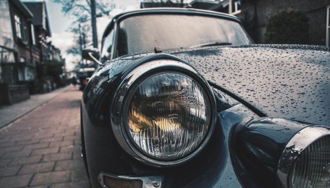 «Красивые» автомобильные номера предложили продавать через портал госуслуг