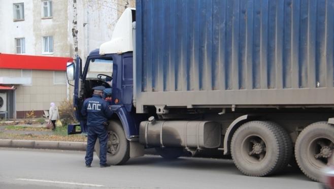 Водители грузовиков в Йошкар-Оле игнорируют дорожные знаки