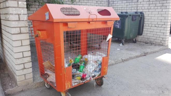 В Параньгинском районе установлено 380 контейнеров для мусора