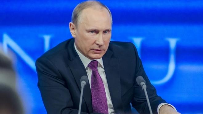 Путин потребовал обеспечить вакцинацию групп риска от гриппа до 75%