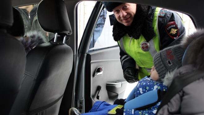 В Марий Эл готовятся массовые проверки машин с детьми