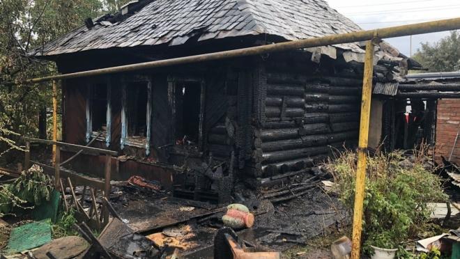 В посёлке Краснооктябрьском  из-за детской шалости сгорел дом