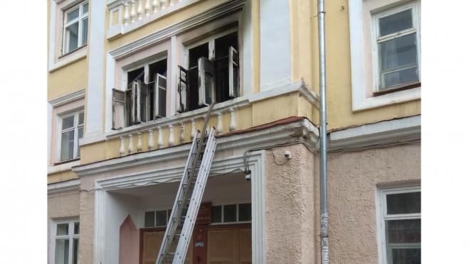 В центре Йошкар-Олы загорелось студенческое общежитие