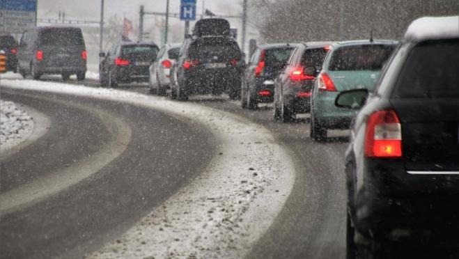 На российских дорогах начнут масштабную укладку «суперасфальта»