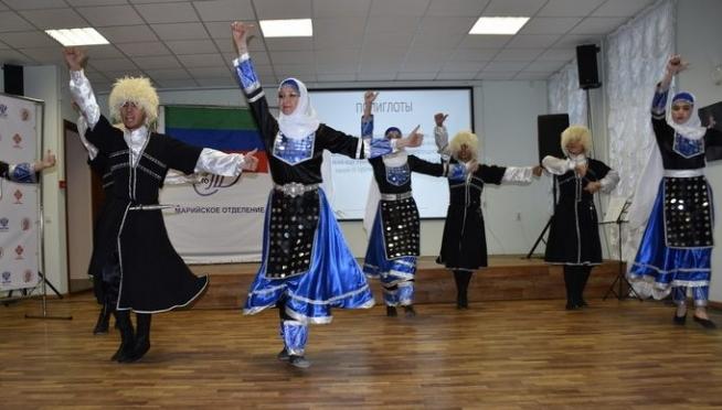 Жителей Марий Эл познакомили с культурой Дагестана и Азербайджана