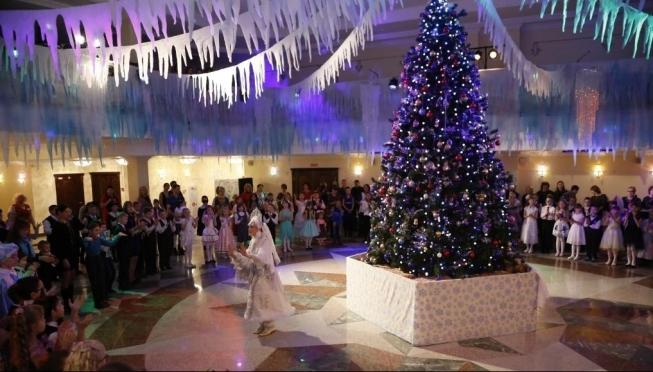 Более 600 школьников посетят Новогоднюю ёлку Главы Марий Эл