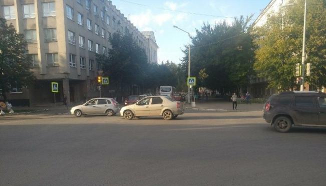 В Йошкар-Оле ищут очевидцев августовского ДТП