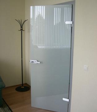 Стеклянная дверь матовая