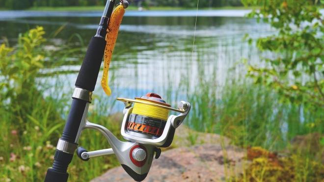 Рыбалка вблизи воздушных линий электропередачи сопряжена со смертельным риском