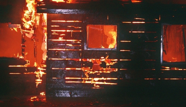 В Марий Эл бабушка с внуком спаслись из огня