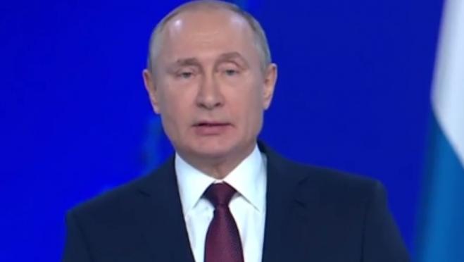 Владимир Путин потребовал избавиться от «мутных структур» по утилизации мусора