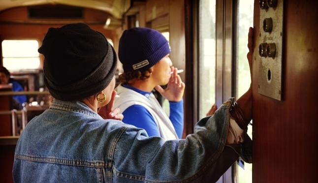 РЖД хочет удвоить штрафы за курение и алкоголь в поезде