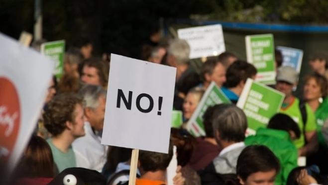 Социологи опасаются социального взрыва в обществе