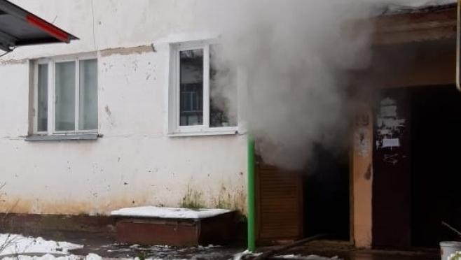 Бомж устроил пожар в подвале жилого дома