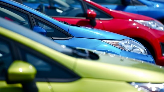 Заключать и расторгать договоры купли-продажи автомобилей можно на сайте Госуслуг