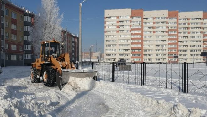 К уборке снега в Йошкар-Оле подключились частники