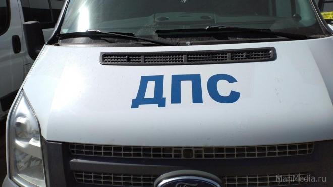 В Звениговском районе иномарка столкнулась с мопедом
