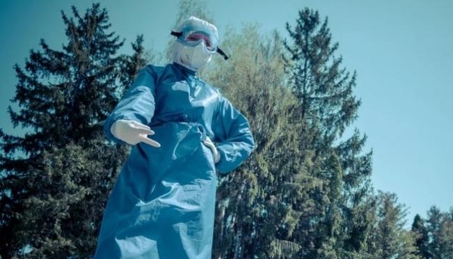 Имеющихся запасов защитных средств для медиков хватит до конца июня
