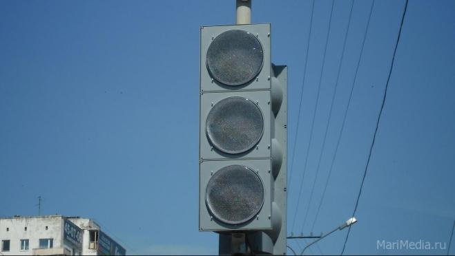 В центре Йошкар-Олы погас светофор