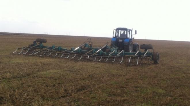 Аграрии Марий Эл начали боронование и подкормку многолетних трав и озимых